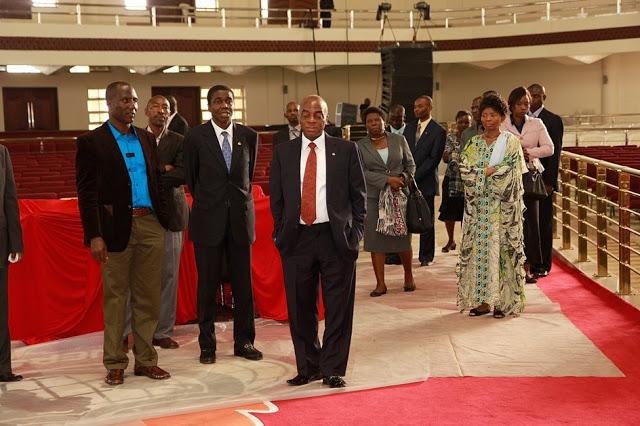 Billionaire Nigerian Pastor David Oyedepo 6.jp0g