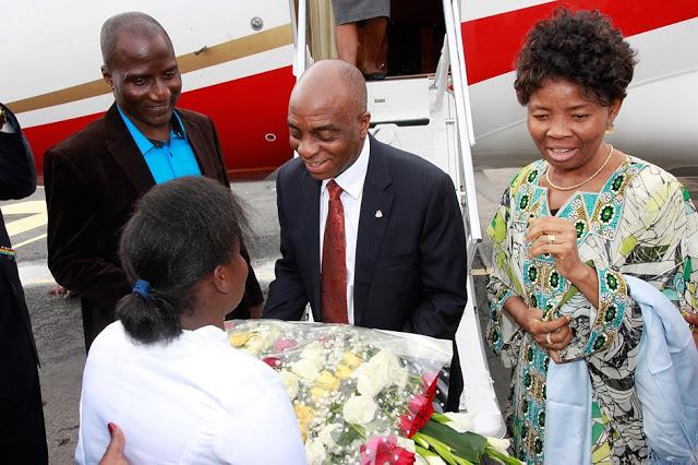 Billionaire Nigerian Pastor David Oyedepo plane 01